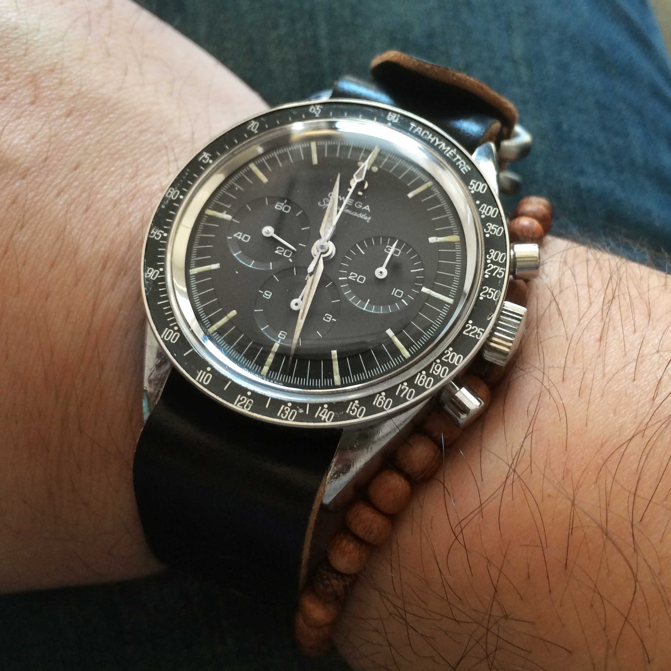 the vintage omega speedmaster calibre 321 swiss classic watches. Black Bedroom Furniture Sets. Home Design Ideas