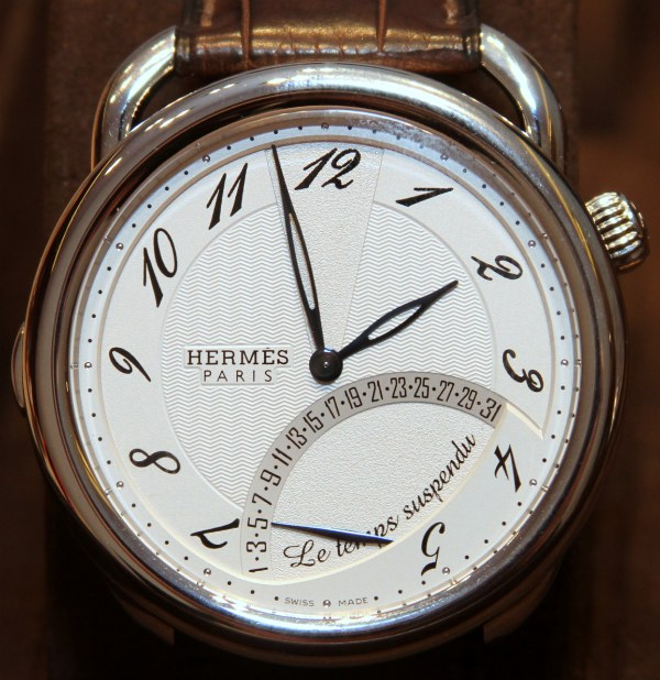 Hermes-Time-Suspended-5