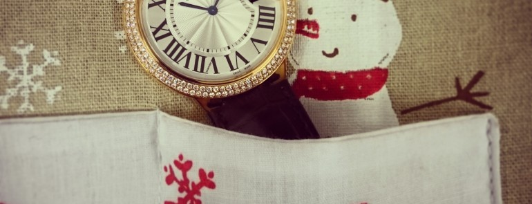 A Special Christmas's Day:Have A Holly Jolly Christmas With A Cartier From WatchCentre