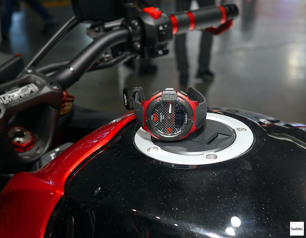 Tissot T-Race Touch Aluminium Vast Touch Collection Hands On