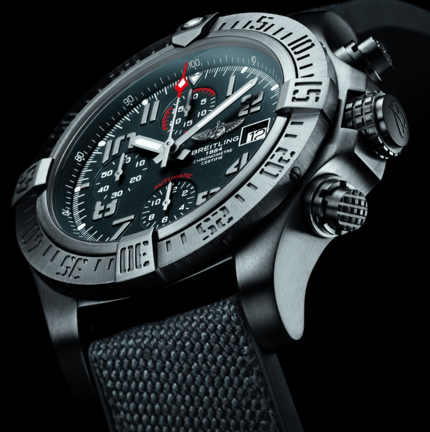 Take A Look At The Breitling Avenger Bandit Mens Watch