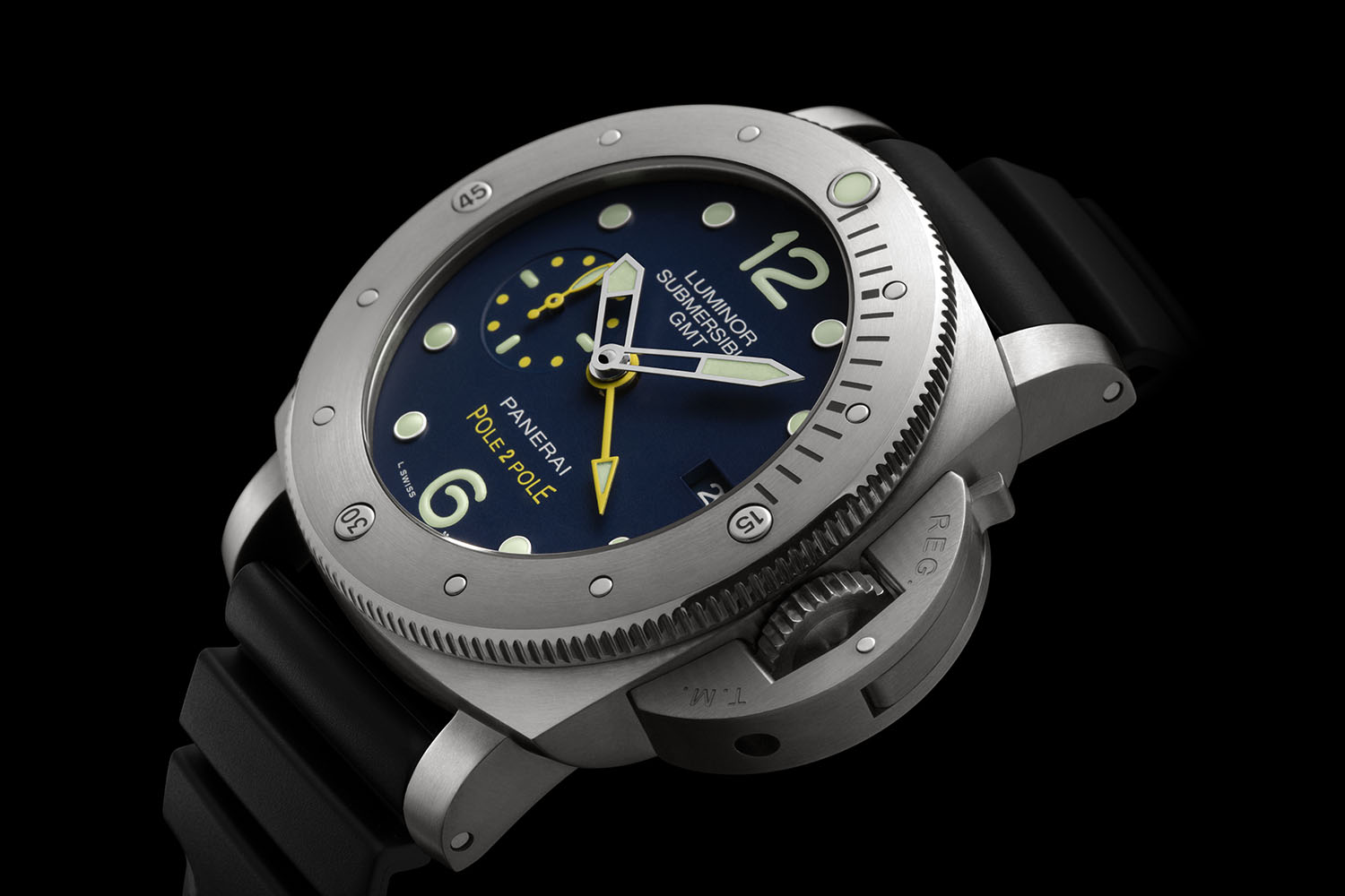 "A Complete Guidebook On Panerai Luminor Submersible 1950 3 Days GMT ""Pole2Pole"" PAM00719"